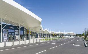 Le nouveau centre commercial Les Océanides à La Teste-de-Buch, sur le bassin d'Arcachon