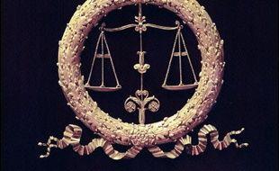 Le tribunal correctionnel de Perpignan à condamné jeudi à 6 mois de prison avec sursis les pères de deux jeunes délinquants présumés pour avoir failli à leur rôle parental, mettant ainsi en danger la moralité de leurs enfants.