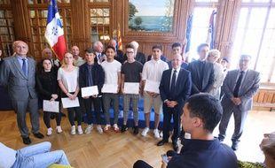 Les élèves ont reçu le Premier prix de l'éducation citoyenne