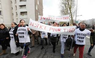 Manifestation «Justice pour Theo», le 6 février 2017 à Aulnay-sous-Bois.