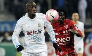 Le défenseur marseillais Souleymane Diawara, le 17 mars 2012 au stade vélodrome, contre Dijon.