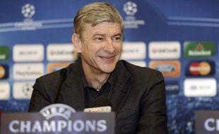 Arsène Wenger lors de la conférence de presse en marge du  huitième de finale aller face au FC Porto, le 16/02/2010