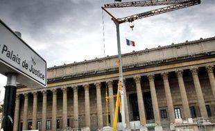 Gérard Ducray ancien élu du Beaujolais à l'origine de l'abrogation de la loi sur le harcèlement sexuel, a été condamné à un mois de prison avec sursis pour agression sexuelle