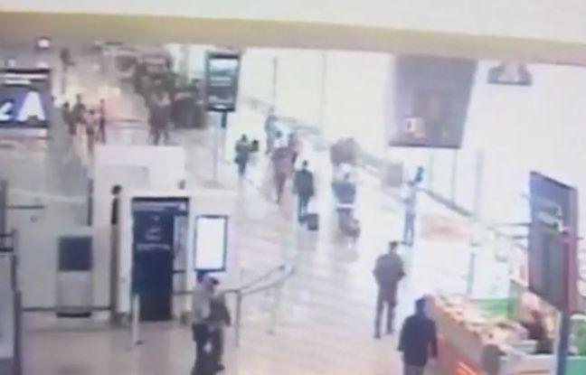 Les images de vidéosurveillance de l'aéroport d'Orly.