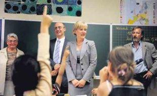 La secrétaire d'Etat à la Famille, à l'école primaire du Ziegelwasser, hier.