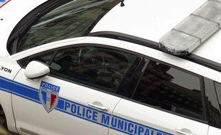 Lyon, le 31 mars 2016. Illustration de policiers en fonction à Lyon.
