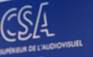 Le CSA saisit pour bloquer l'accès à des sites pornographiques aux mineurs.