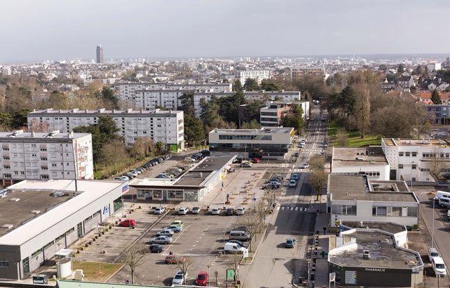 La place principale des Dervallières à Nantes.
