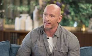 L'ancien rugbyman Gareth Thomas a fait son coming out en 2009.
