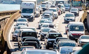 Des automobilistes coincés dans les embouteillages