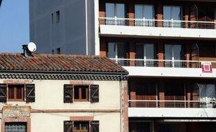 Les professionnels de l'immobilier se réjouissent que la question du logement soit enfin devenue, après le discours de François Hollande dimanche, un des thèmes majeurs de la campagne présidentielle de 2012.