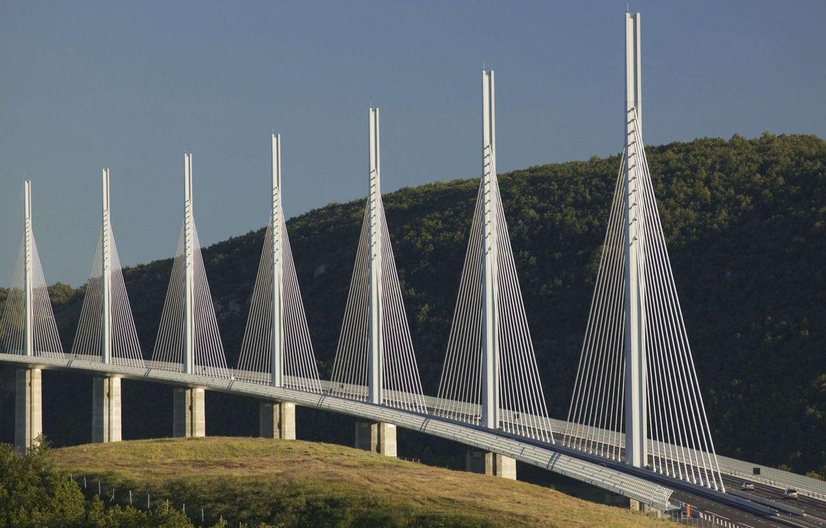 Le viaduc de Millau est protégé par le nouvel amendement des sénateurs sur la liberté de panorama. – Chris Warren/SUPERSTOCK/SIPA