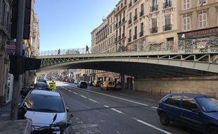 Le pont du cours Lieutaud à Marseille.