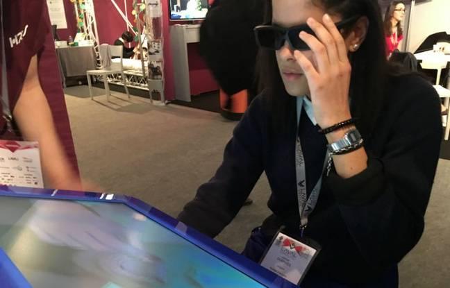 Chez HRV, lunettes 3D et roulette sur bras à retour de force pour apprendre le métier de dentiste.
