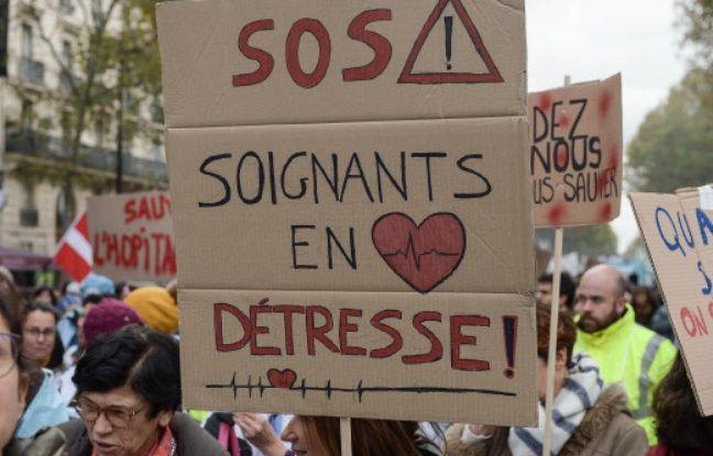 Caen: Des personnels hospitaliers lancent un SOS lumineux depuis le CHU