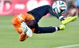Barry Copa avant un match de préparation au Mondial 2014, durant lequel la Côte d'Ivoire sera éliminée de justesse au 1er tour.