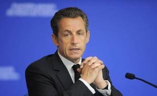 Le président de la République Nicolas Sarkozy lors de son intervention à l'Assemblée des maires des Ardennes, à Renwez, le 19 avril 2011.