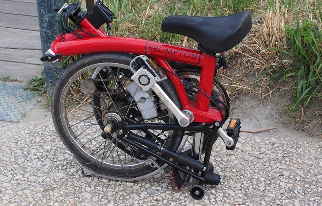 Les cyclistes du périple utilisent des vélos Brompton, marque leader sur le marché. Illustration