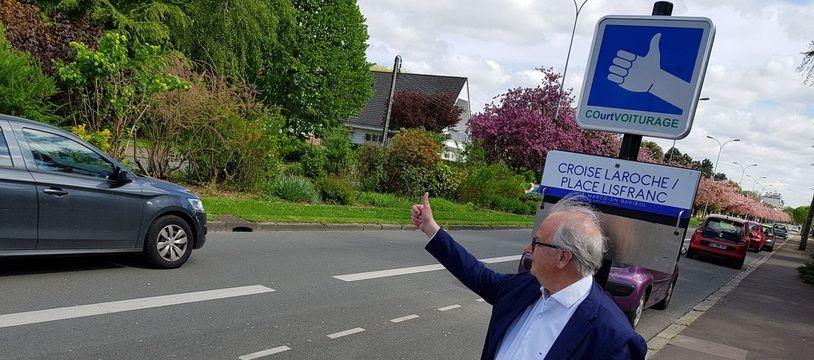 le maire de Marcq-en-Barœul s'essaye au court-voiturage.