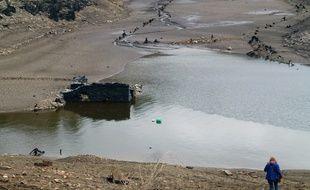 L'opération de vidange du barrage hydroélectrique de Guerlédan va se poursuivre jusqu'en octobre.