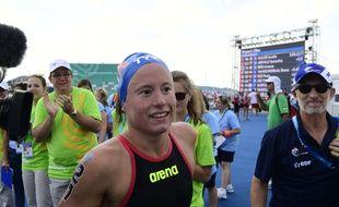 Aurélie Muller a remporté son deuxième titre mondial sur 10km en eau libre en 2017 à Budapest, un an après sa disqualification après sa deuxième place aux JO de Rio.