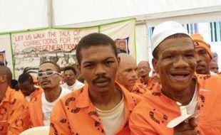 La province sud-africaine la plus affectée par le sida a lancé un programme pour circoncire 2,5 millions de détenus d'ici 2014 dans l'espoir de ralentir la propagation du virus VIH, a rapporté vendredi l'agence de presse Sapa.
