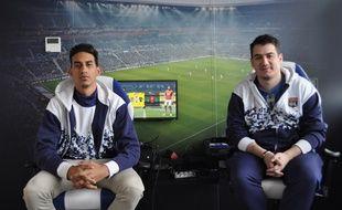 """Fouad """"Rafsou"""" Fares et Romain Serra dans leur bureau du Parc OL"""