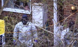 La police scientifique britannique a fait des prélèvements au domicile de l'ex-espion Sergueï Skripal, à Salisbury.