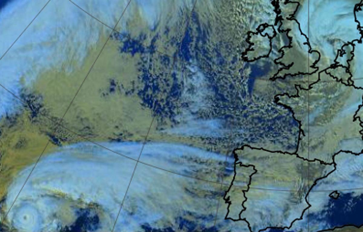 Image satellite de l'ouragan Alex – Météo France