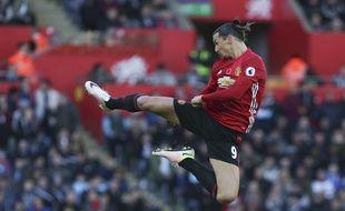 Zlatan fête un but contre Swansea le 6 novembre 2016.