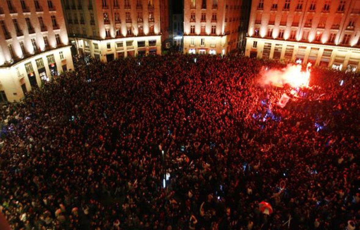 Jusqu'à 9.000 personnes ont participé le 12 mai à l'apéro géant à Nantes. – Reuters