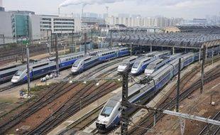 La SNCF veut créer, sur la base du modèle allemand, un groupe ferroviaire public unifié qui réunirait la SNCF et RFF