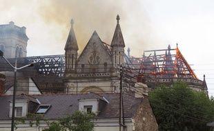 A Nantes, le 15 juin 2015- Un violent incendie a frappe la basilique Saint-Donatien, ce lundi