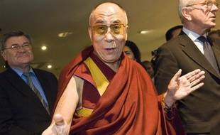 ©Wiktor Dabkowski/PHOTOSHOT/MAXPPP - BXL ; Belgium ; 04.12.2008 - Tibetan spiritual leader the Dalai Lama  prior a formal opening of a plenary session in the European paliament in Brussels 04 December 2008. The Dalai Lama urges the European Union to stand firm on human rights to protect the interests of the Chinese people.       ************************* for FRANCE ONLY *************************