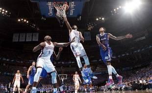 Les Los Angeles Clippers lors de leur victoire contre Oklahoma au 2e tour des playoffs, le 5 mai2014.