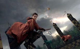 Harry Potter en plein match de Quidditch