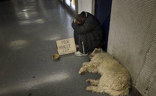 A Besançon, la mendicité accompagnée ou non d'animaux était notamment interdite dans un périmètre du centre-ville et à certains horaires par un arrêté depuis le 9 juillet. Illustration