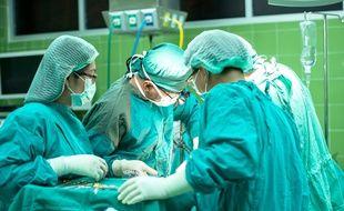 Strasbourg: Des casques de réalité virtuelle pour effectuer des anesthésies sous hypnose (Illustration)