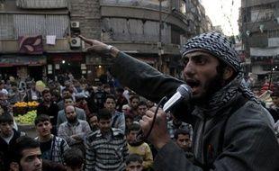 L'Etat islamique en Irak et au Levant (EIIL) a conclu un accord de trêve avec une brigade islamiste rebelle qui s'était engagée dans la lutte armée contre ce puissant groupe jihadiste.