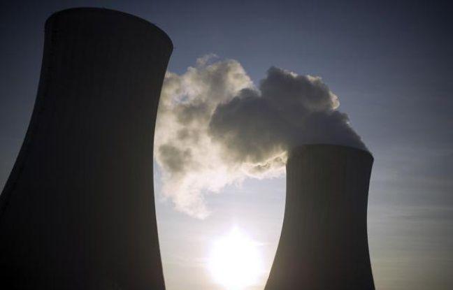 La centrale nucléaire du Tricastin (Drôme), en novembre 2011