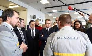 Carlos Ghosn et Emmanuel Macron lors d'une visite à l'usine Renault de Maubeuge, en novembre 2018.