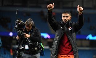 Nabil Fekir est venu saluer les 500 supporters lyonnais ayant assisté à l'exploit de l'OL, mercredi soir contre Manchester City (1-2).