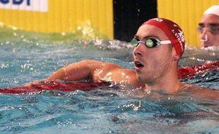 Le nageur français Jérémy Stravius, lors des séries du 100m dos, le 19 mars 2012 à Dunkerque.
