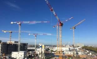 Bordeaux, secteur Euratlantique au niveau du quai de Brienne, où les projets de bureaux sont nombreux.