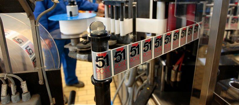 """Marseille le 28 mars 2013 - Visite de l'usine Pernod qui sort une nouvelle boisson """" Pernod Rosé """" à bas de fruits rouges et d'anis"""