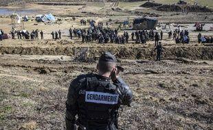Un gendarme sur le site du barrage de Sivens, dans le Tarn, le 6 mars 2015.