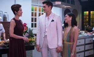 Michelle Yeoh, Henry Golding et Constance Wu dans le film «Crazy Rich Asians».