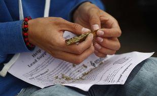 Des parents ont fait fumer du cannabis à leur fils pour soigner son épilepsie.