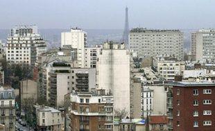 Environ 80 personnes occupaient vendredi à la mi-journée la Caisse de retraite et de sécurité sociale des Mines à Paris, pour protester contre les loyers trop élevés, selon eux, de certains logements HLM parisiens.