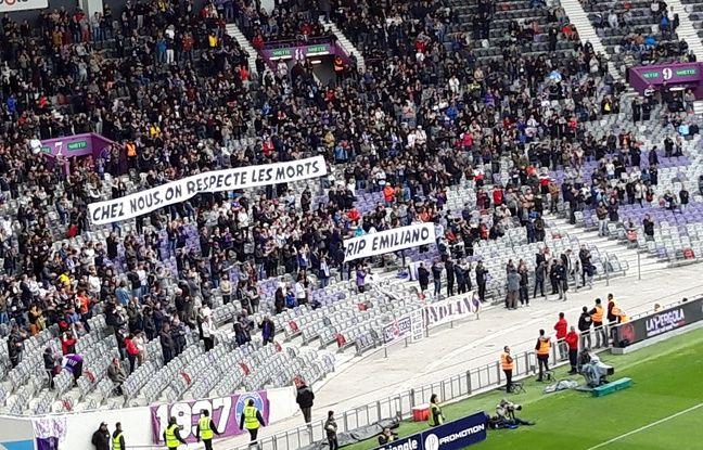 TFC-FC Nantes: Les supporters de Toulouse ont (en fait) rendu un hommage à Sala plein d'amertume